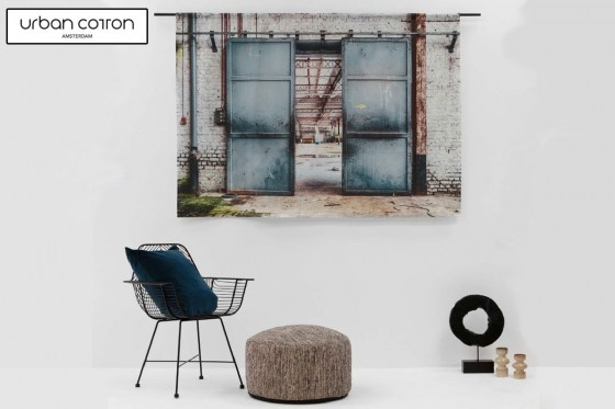 urban-cotton-wandkleed-spinning-doors-sfeer